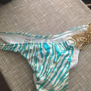 Beach Bunny Khloe Zebra bottoms